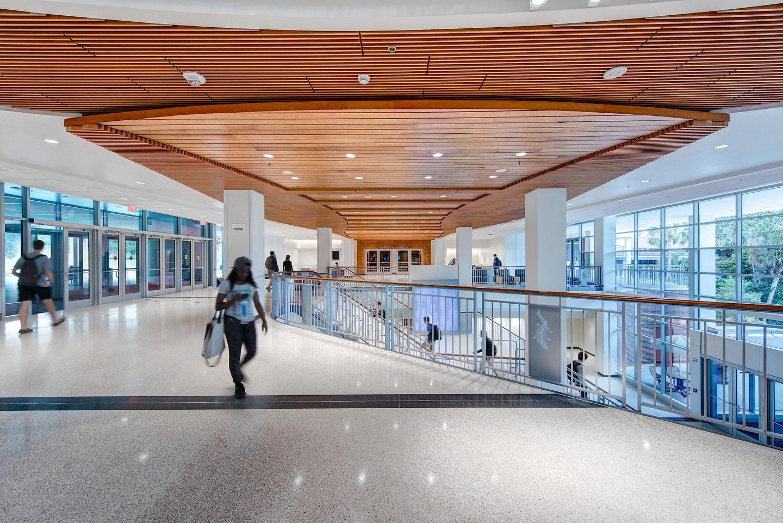 wood ceiling_constans entrance